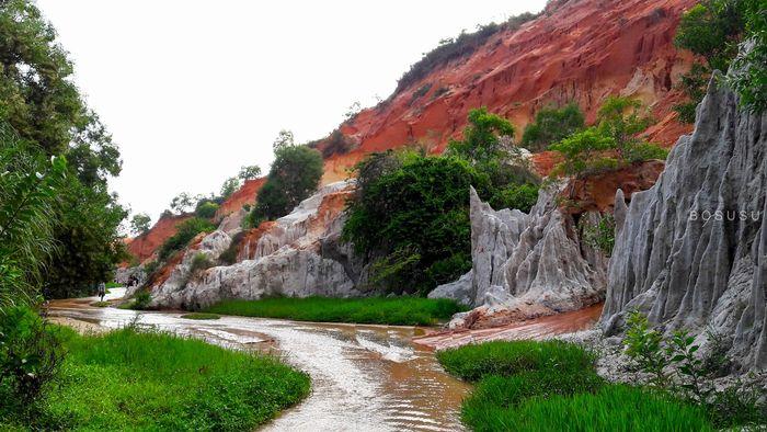 vui mỗi ngày - top 9 địa điểm check in Phan Thiết suối tiên