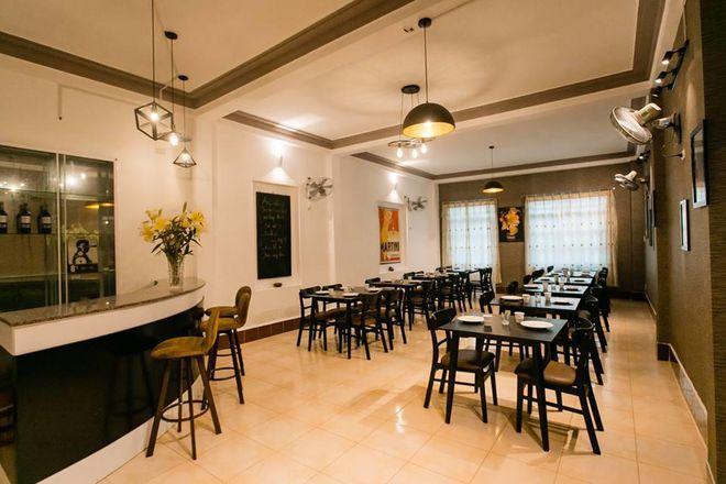 Top 7 nhà hàng Quy Nhơn - nhà hàng Sisters Tavern & Pizzeria