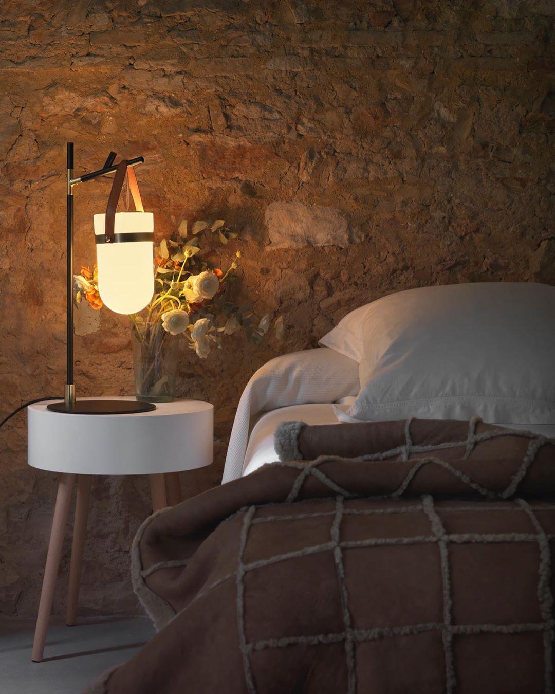 sử dụng 1 nguồn sáng cho phòng ngủ bạn