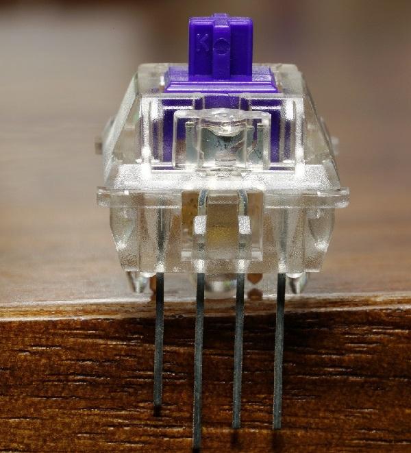 đèn LED vuông thường đắt hơn nhiều so với đèn LED tròn