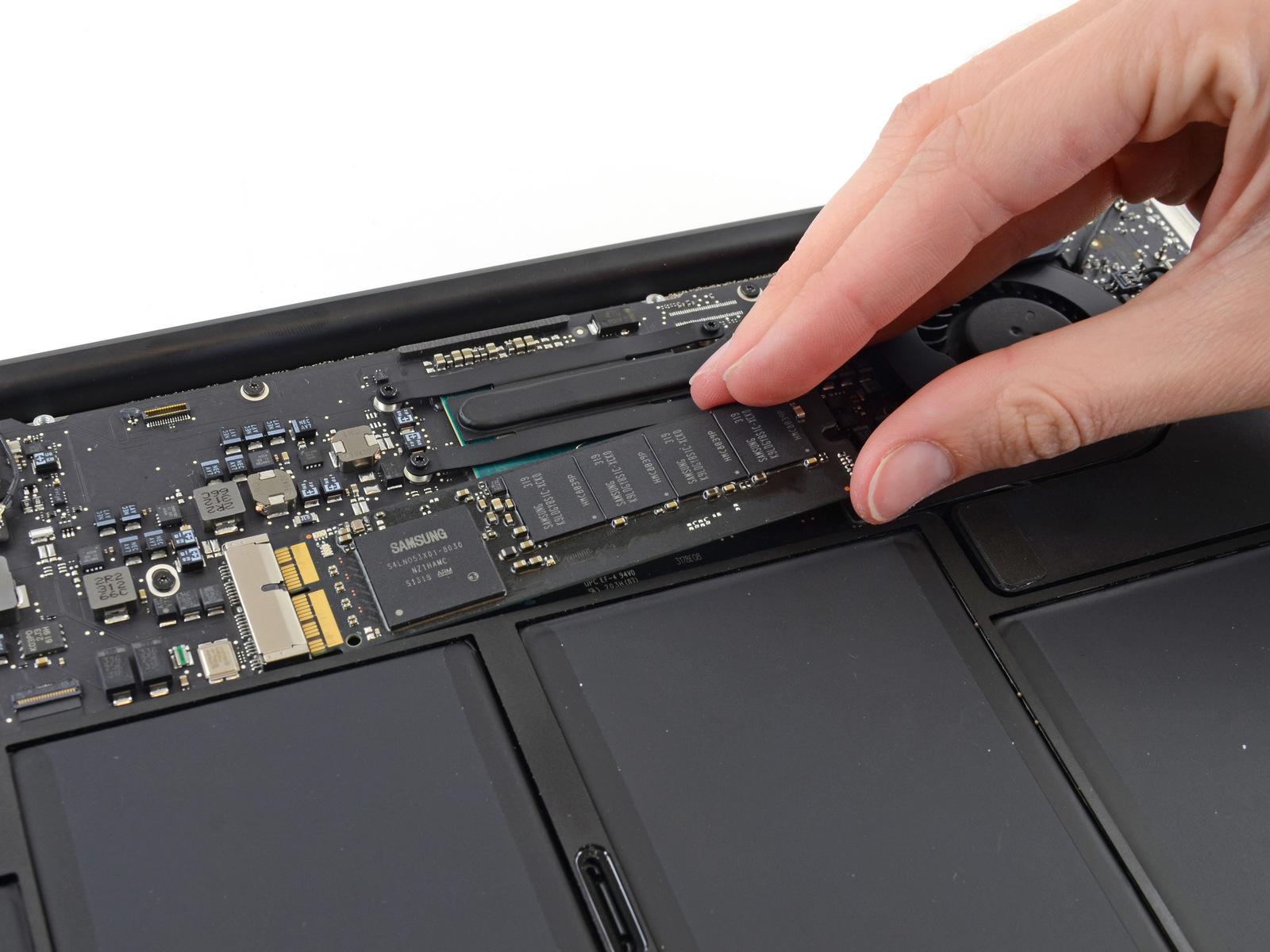 huong dan thay o cung SSD mac book 2015 7